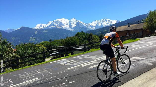 Séjour vélo à l'assaut des cols des Alpes, dans un cadre magnifique