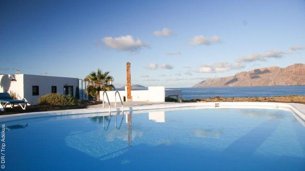 confinement avec piscine et vue sur le spot de Famara