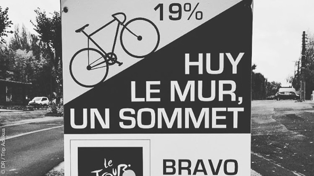 stage de vélo de route en Belgique. montez le célèbre mur de Huy
