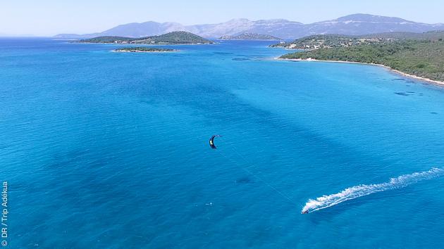 Séjour avec cours de kite illimités sur une île privée en Grèce