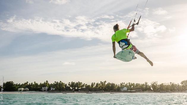 Un stage de kite dans les meilleures conditions, sur des eaux paradisiaques du lagon, à Zanzibar