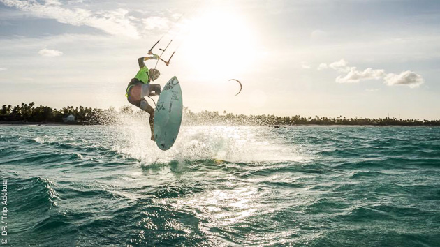 Coaching kitesurf à Zanzibar, avec logement en bungalow