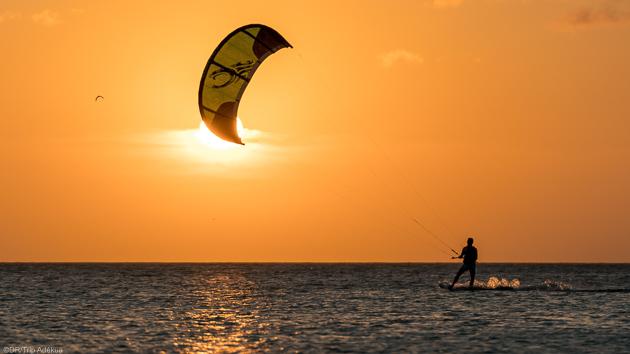Des sessions kitesurf de rêve sur les lagons turquoise de Polynésie