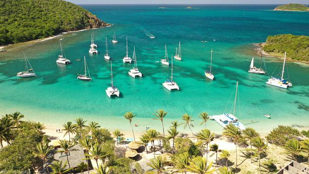 Votre croisière de rêve à bord d'un catamaran entre la Martinique et les Grenadines