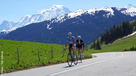 Superbe séjour cycliste dans les Alpes, autour du Mont Blanc, avec le col des Aravis au programme