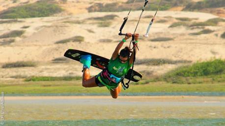 Kite camp à Lagoinha : rien que pour les filles !