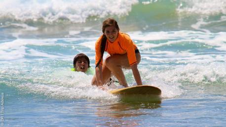 Séjour surf pour une famille, avec cours et activités détente, à Montanita en Equateur