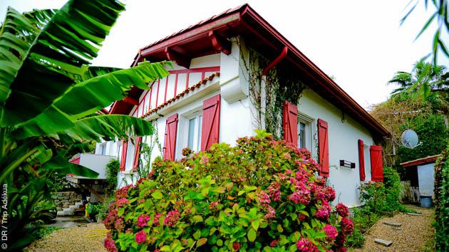 Logé en maison basque à Guéthary, vous passez un séjour surf au top
