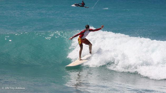 Vacances et cours de surf à Saint Martin avec Surf Trip Adékua