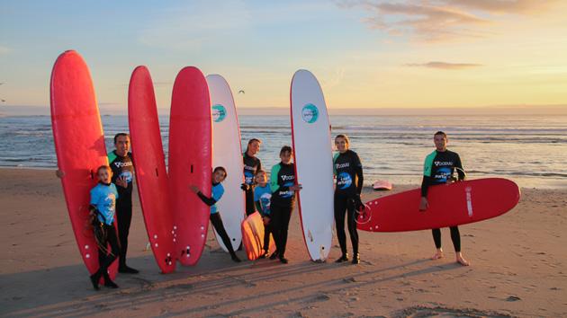 Profitez d'un séjour surf spécial famille à Porto au Portugal