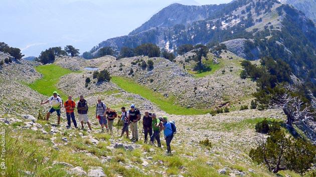 Itinéraire trek pour tous les niveaux, sur les chemins historiques de l'Albanie