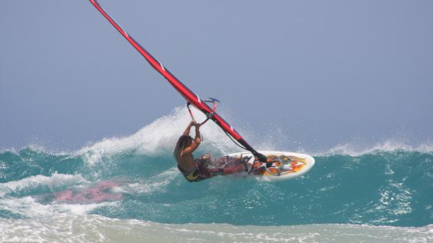 Les meilleurs spots de windsurf pour progresser aux Canaries